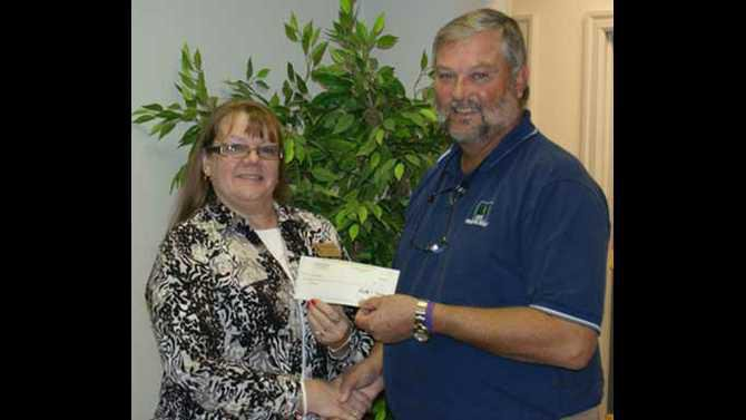 SSEMC-donation-to-Project-Renewal