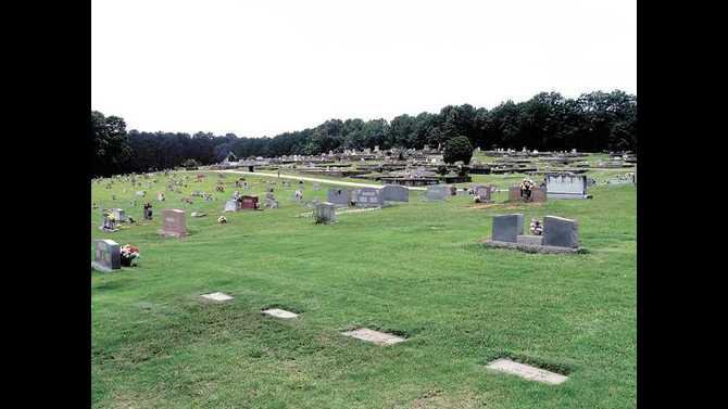 eastview-road-cemetary-IMG