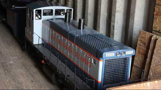 trains-021