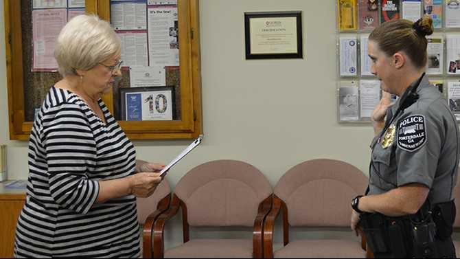 Porterdale-Mayor-Arline-Chapman-swears-in-Officer-Ashley-Kelley-Monday-Sept