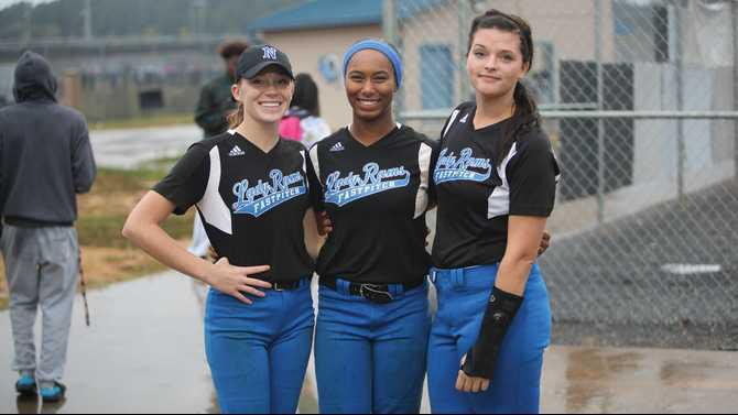 Newton-softball-seniors