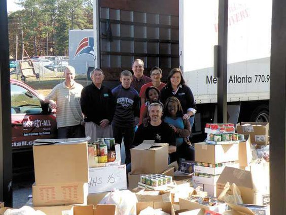 HHS-can-donations-PB200785