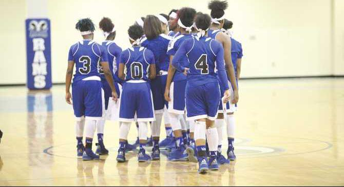 Lady-Rams-lose