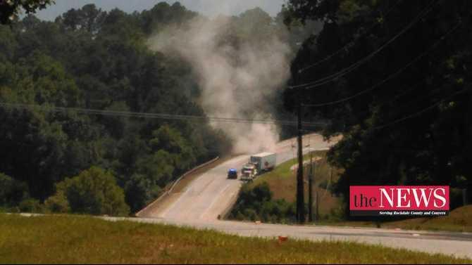 Crash-138-near-East-Fairview-Rd-tractor-trailer-and-passenger-vehicle-8-5-15-MK-Rockdale-News-IMAG1039
