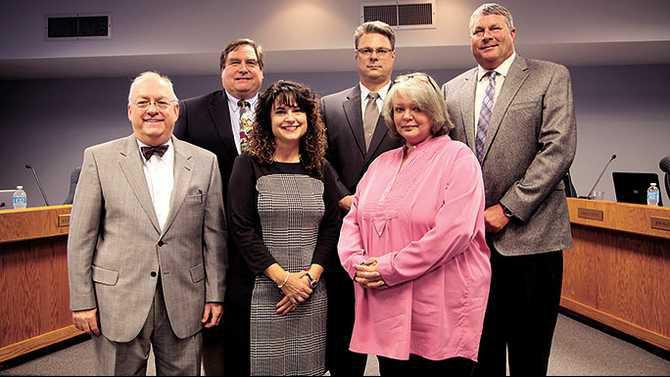 Swearing-in-BOE-Judge-David-Irwin-Wales-Barksdale-Mandy-North-Brad-Smith-Sharon-Pharr-Tony-Dowdy-IMG 1686