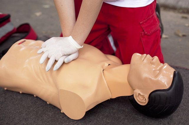 Hands-only CPR course teaches community life-saving skill