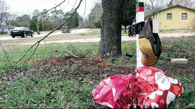 mcdaniel mill crash site zach ortiz memorial IMG 9864