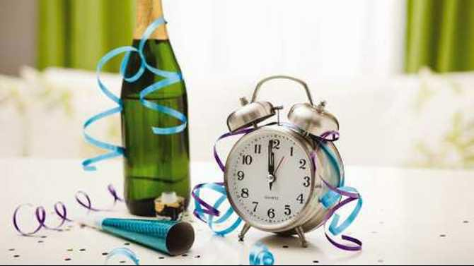 champagne-and-alarm-clock